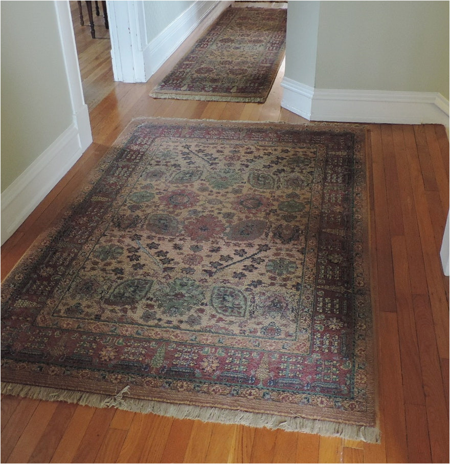 2050809 area rug with matching runner