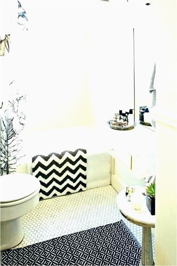 Best Bathroom Rugs 2019 the Best Bathroom Rugs and Bath Mats for 2019