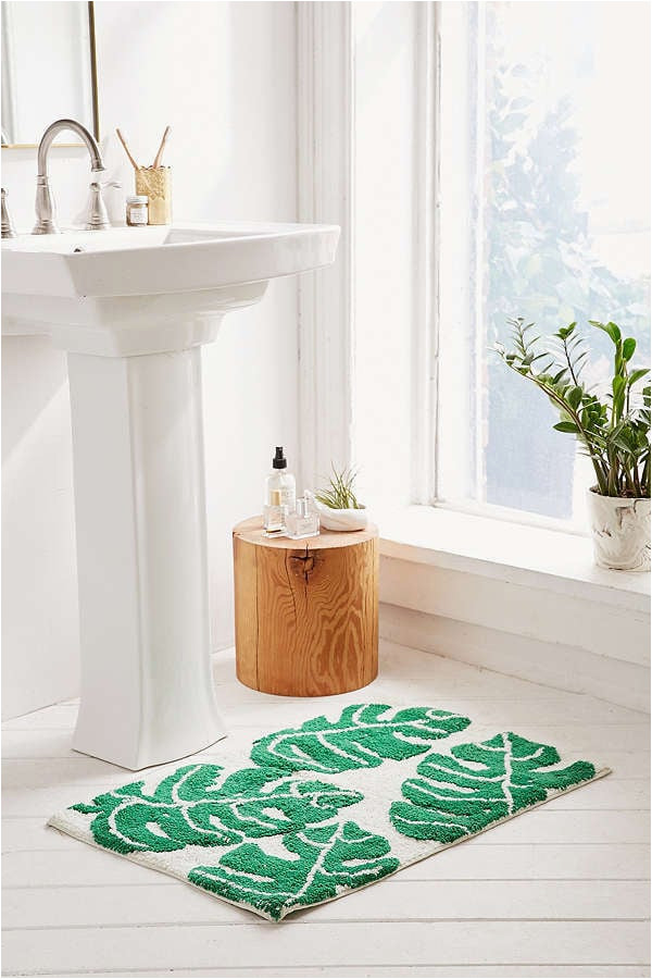 urban outfitters all over palm bath mat