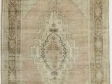 "8 by 7 area Rugs E Of A Kind Zendaya Hand Knotted Pink 5 2"" X 8 7"" Wool area Rug"