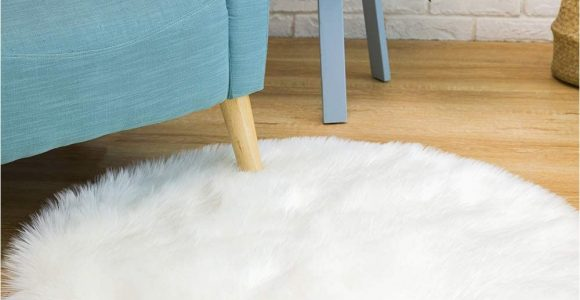 Faux Fur area Rug 8×10 Ciicool soft Faux Sheepskin Fur area Rugs Round Fluffy Rugs for Bedroom Silky Fuzzy Carpet Furry Rug for Living Room Girls Rooms White 3 X 3 Feet