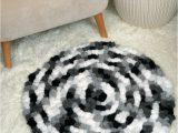 Non Slip Rug Pad Bed Bath Beyond Super Easy Non Slip Pom Pom Rug Free Crochet Pattern On Moogly