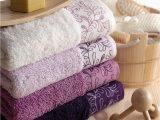 Purple Bath towels and Rugs Mobila Si Decoratiuni Interioare
