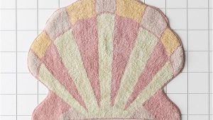 Shell Shaped Bath Rug Shelly Shaped Bath Mat In 2020