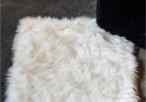 White Fur Bathroom Rugs Luxe